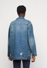 Noisy May Tall - NMFIONA JACKET - Denim jacket - light blue denim - 2