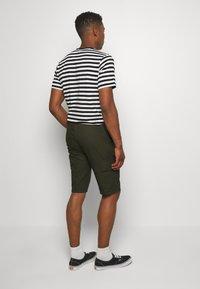 Newport Bay Sailing Club - CARTEL - Shorts - khaki - 2