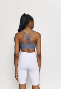 Cotton On Body - STRAPPY SPORTS CROP - Light support sports bra - blue jay - 2