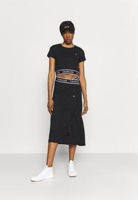 Calvin Klein Performance - Print T-shirt - black - 1