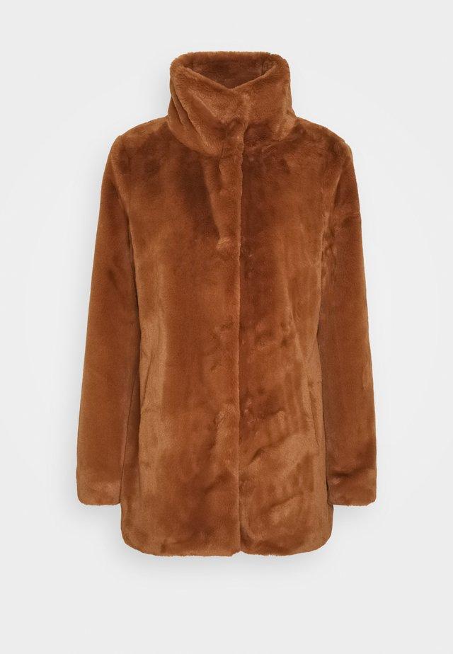 Cappotto corto - vikunja