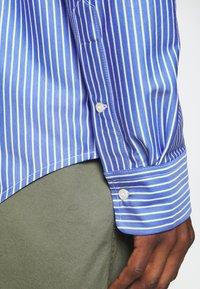 Polo Ralph Lauren - INTERLOCK FULL ESTATE - Shirt - court blue/white - 5