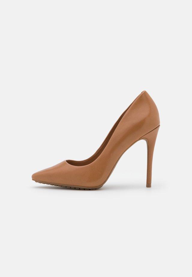 DURBELL - Klassieke pumps - light brown