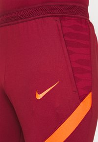 Nike Performance - LIVERPOOL FC PANT - Collants - team red/bright crimson/bright crimson - 4