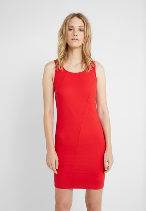 ABITO DRESS - Pouzdrové šaty - flame red