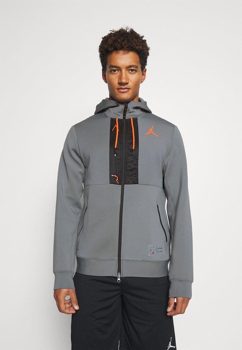 Jordan - AIR FULL ZIP - Tröja med dragkedja - smoke grey/total orange/black