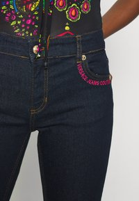 Versace Jeans Couture - Jeans Skinny Fit - black denim - 6