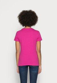 GAP - TEE - T-shirt z nadrukiem - hot magenta - 2