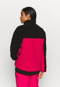 Oakley - WOMENS - Fleece jumper - black/rubine - 2