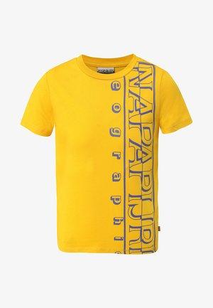 K SERI - T-shirt print - mango yellow