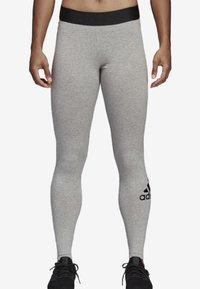 adidas Performance - MUST HAVES BADGE OF SPORT LEGGINGS - Legginsy - grey - 0