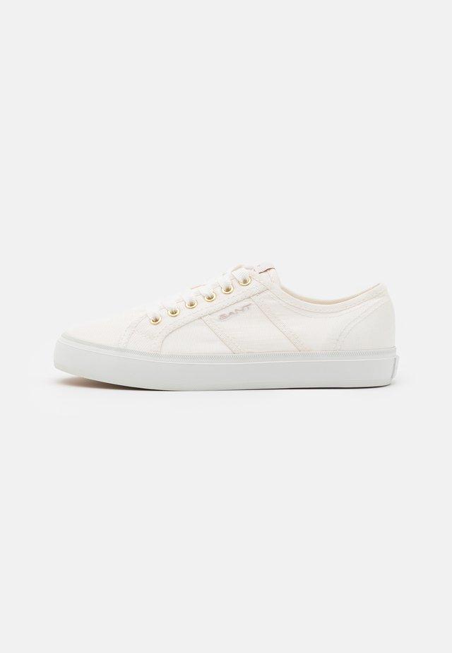 PINESTREET - Sneakersy niskie - white