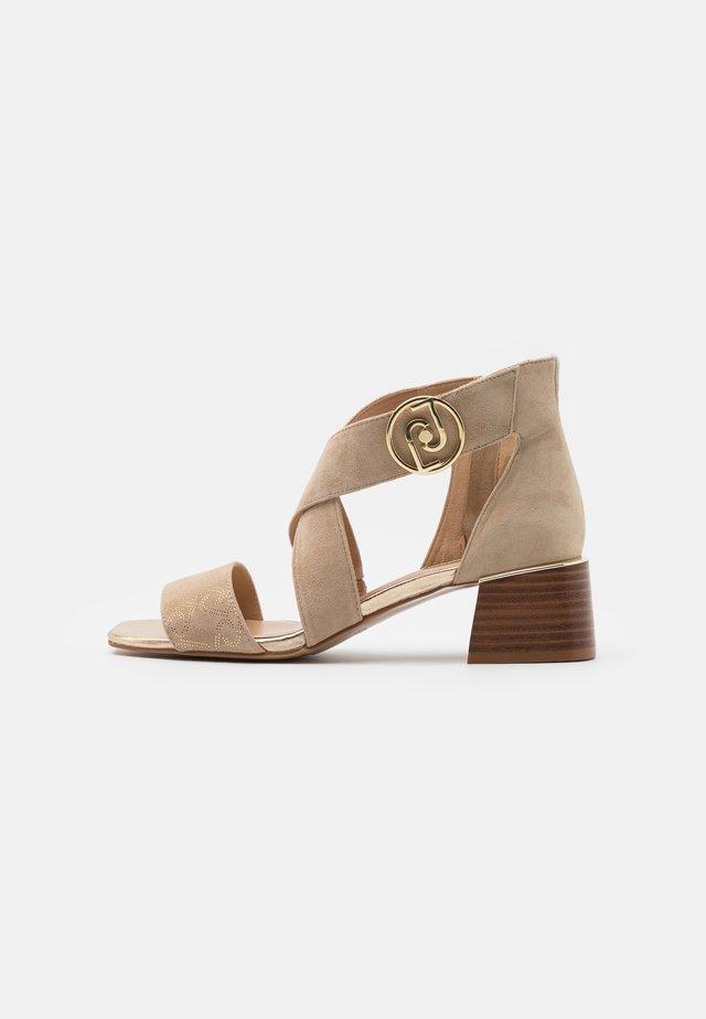PALMA - Sandals - camel/light gold