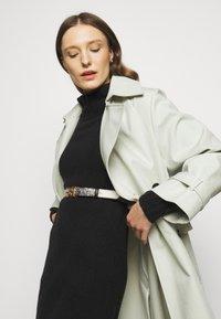 J.CREW - MOCKNECK SWEATER DRESS - Sukienka dzianinowa - black - 4