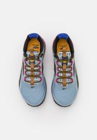 Reebok - NANO X1 TR ADVENTURE NATIONAL GEOGRAPHIC - Sportschoenen - gable grey/bright cobalt/pursuit pink - 3