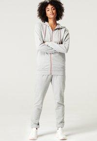 Esprit Maternity - Sweatjakke /Træningstrøjer - medium grey - 7