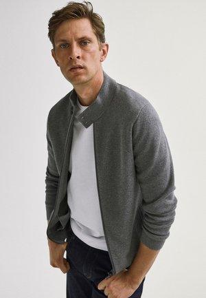 MIT REISSVERSCHLUSS  - Cardigan - grey