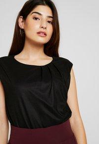 Anna Field Petite - Basic T-shirt - black - 4