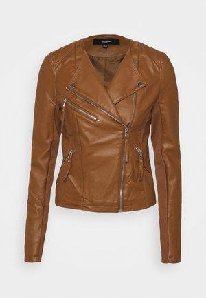 VMRIAFAVO SHORT COATED JACKET - Faux leather jacket - cognac