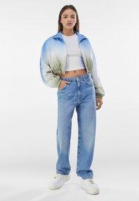 Bershka - Light jacket - khaki - 1