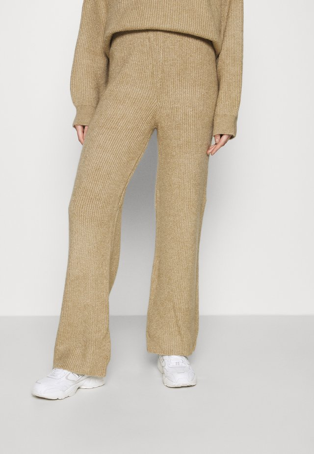 HENLEY  - Pantaloni - neutral