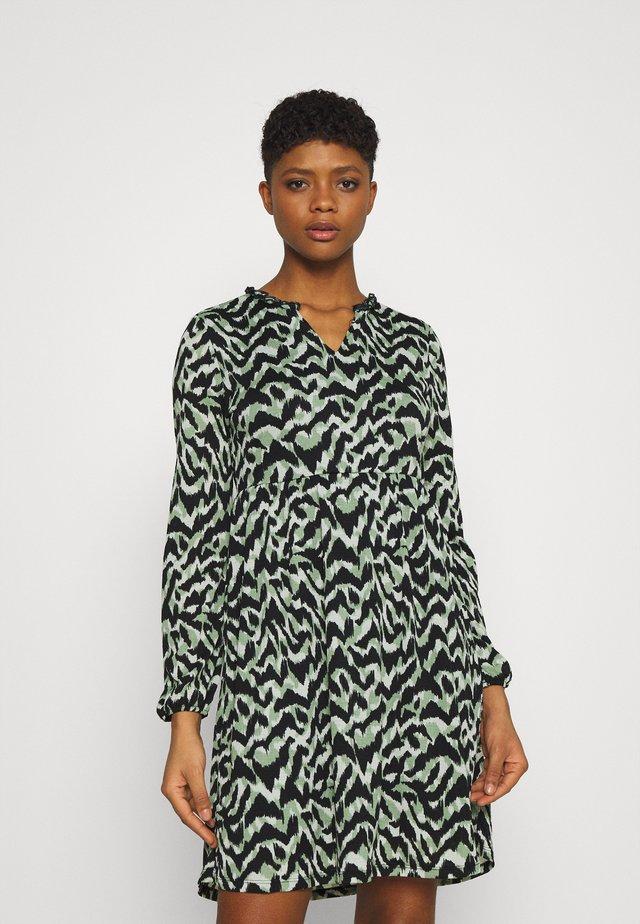 ONLPELLA  - Korte jurk - green milieu