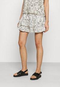 JDY - A-line skirt - tapioca/black - 0