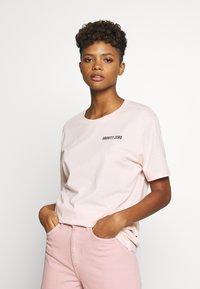 YOURTURN - T-shirt z nadrukiem - pink - 3