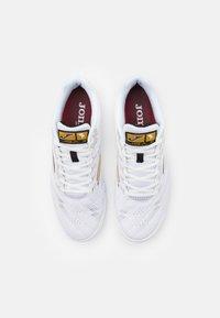 Joma - LIGA 5 - Indoor football boots - white/gold - 3