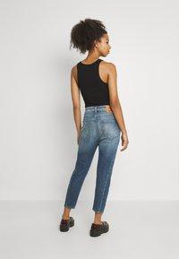 Diesel - D-FAYZA - Relaxed fit jeans - denim blue - 2