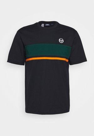 FELUGA - Print T-shirt - black/botanical
