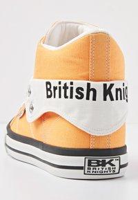 British Knights - ROCO - Baskets montantes - orange - 3