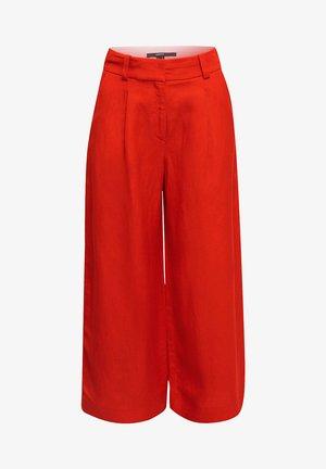 AUS LEINEN-MIX: CULOTTE MIT BUNDFALTEN - Trousers - red orange