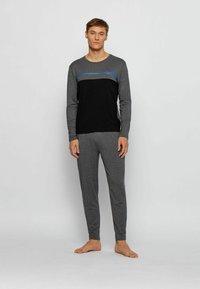 BOSS - SET - Pyjama set - grey - 0