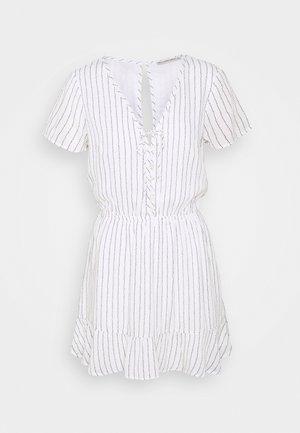 CHASE EASY WAIST - Shirt dress - white