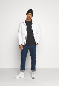Common Kollectiv - JACKET UNISEX  - Winter jacket - off white - 1