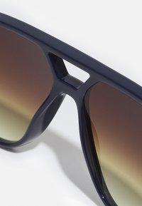 Lacoste - UNISEX - Sunglasses - blue - 2