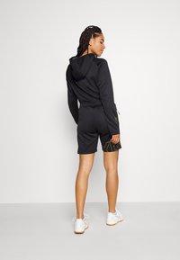 Hummel - CIMA XK SHORTS WOMAN - Sports shorts - black - 2
