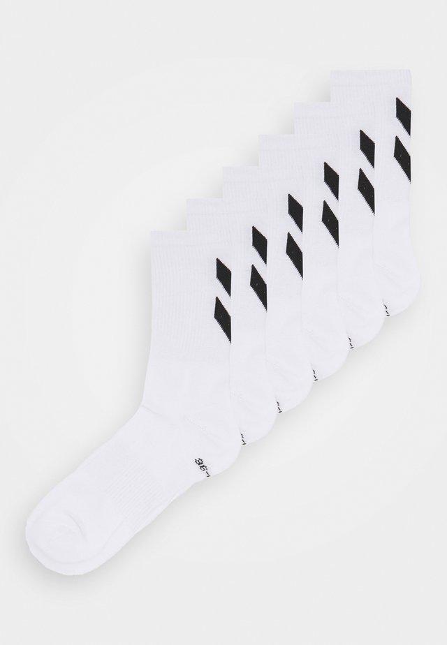 CHEVRON 6 PACK UNISEX  - Sportssokker - white