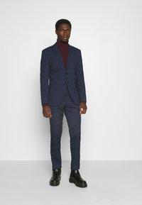 Selected Homme - MYLOLOGAN SUIT - Suit - navy blazer/brown - 1