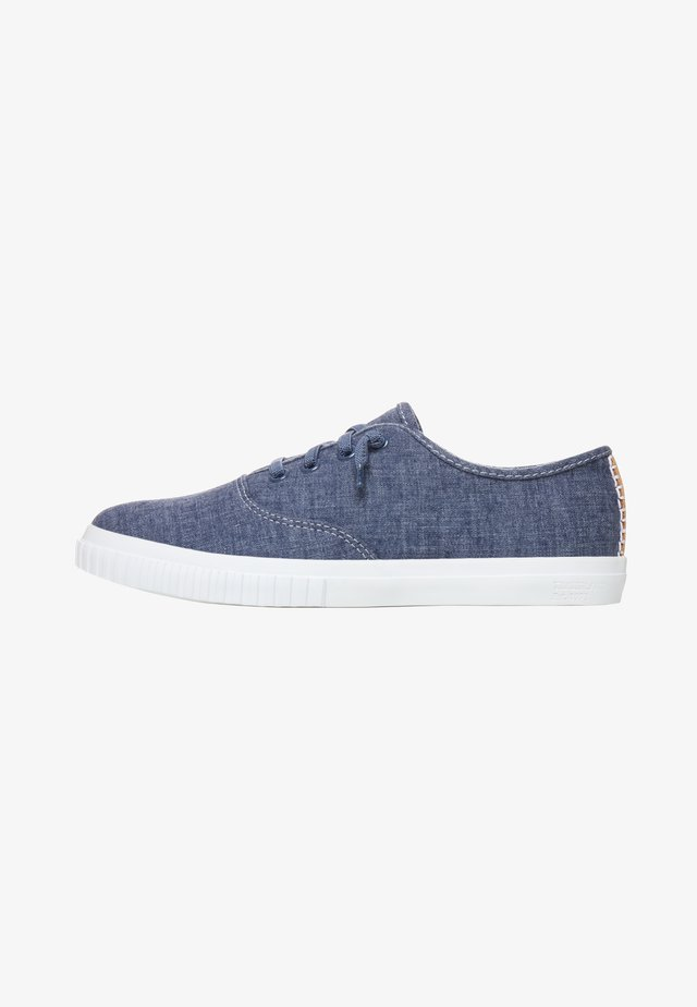 NEWPORT BAY BUMPER TOE - Sneakers basse - blue