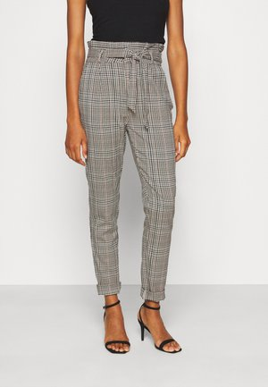 VMEVA LOOSE PAPERBAG LIN CHECK - Trousers - tobacco brown/multi