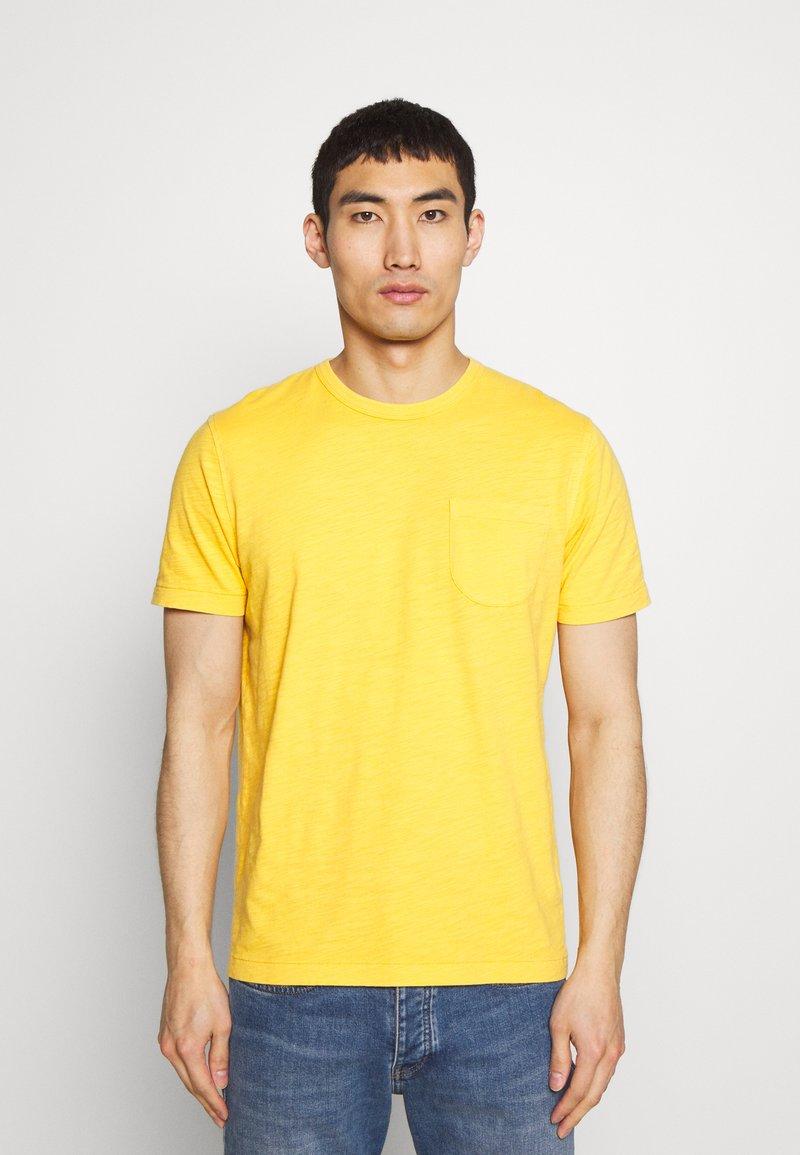 YMC You Must Create - WILD ONES POCKET TEE - T-shirt - bas - yellow