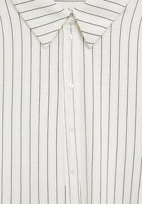 Mango - STRIPE - Button-down blouse - blanc - 6