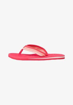 Pool shoes - apricot comb