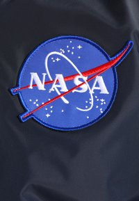 Alpha Industries - NASA REVERSIBLE II - Bomber Jacket - blue - 7