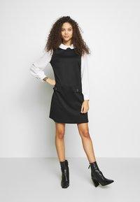 Wallis Petite - PETITES PONTE POCKET DRESS - Shift dress - mono - 1
