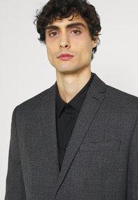 Isaac Dewhirst - Oblek - grey - 7