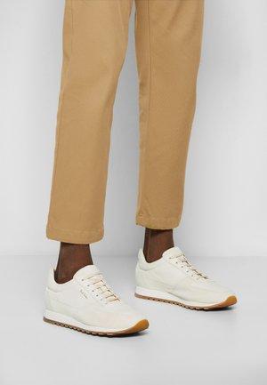 VELO ECO - Sneakers laag - offwhite
