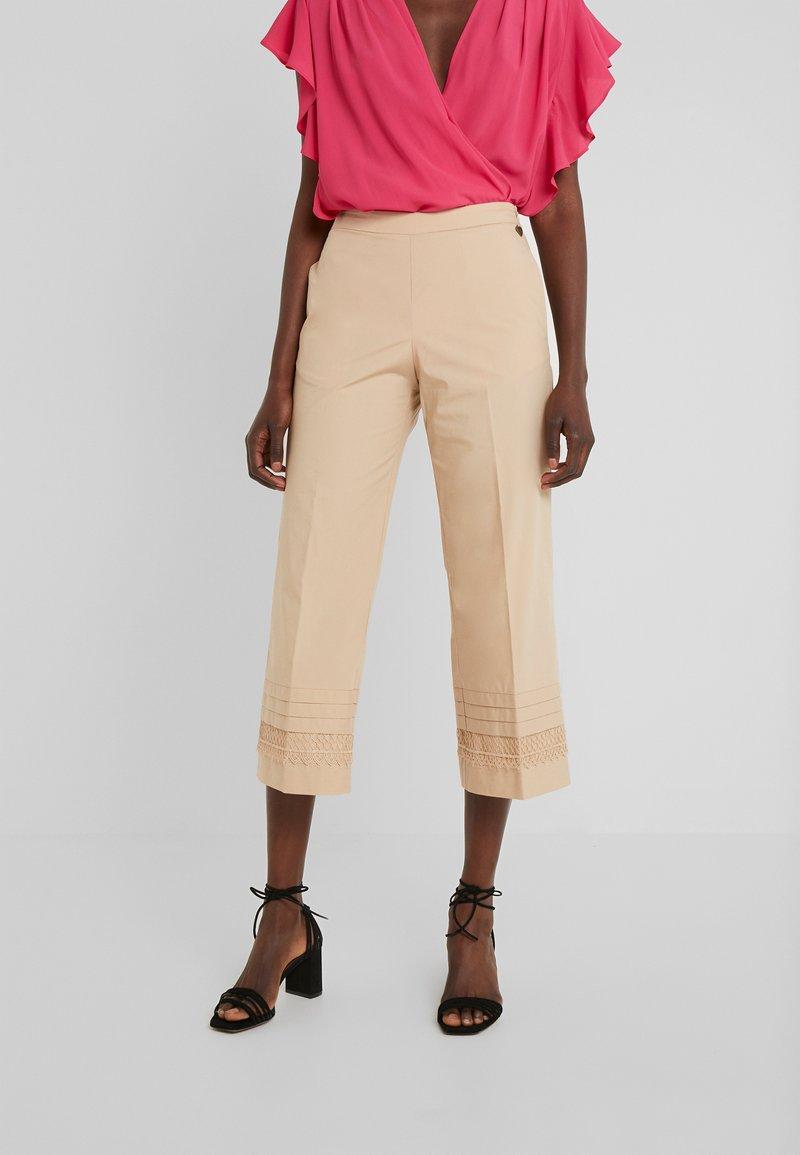 TWINSET - Kalhoty - nougat